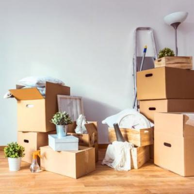 Declutter Storage Unit in Noida